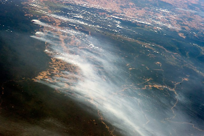Rainforest-burning-NASA-2014
